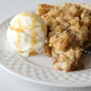 Apple_Pie_with_Crumb_Topping